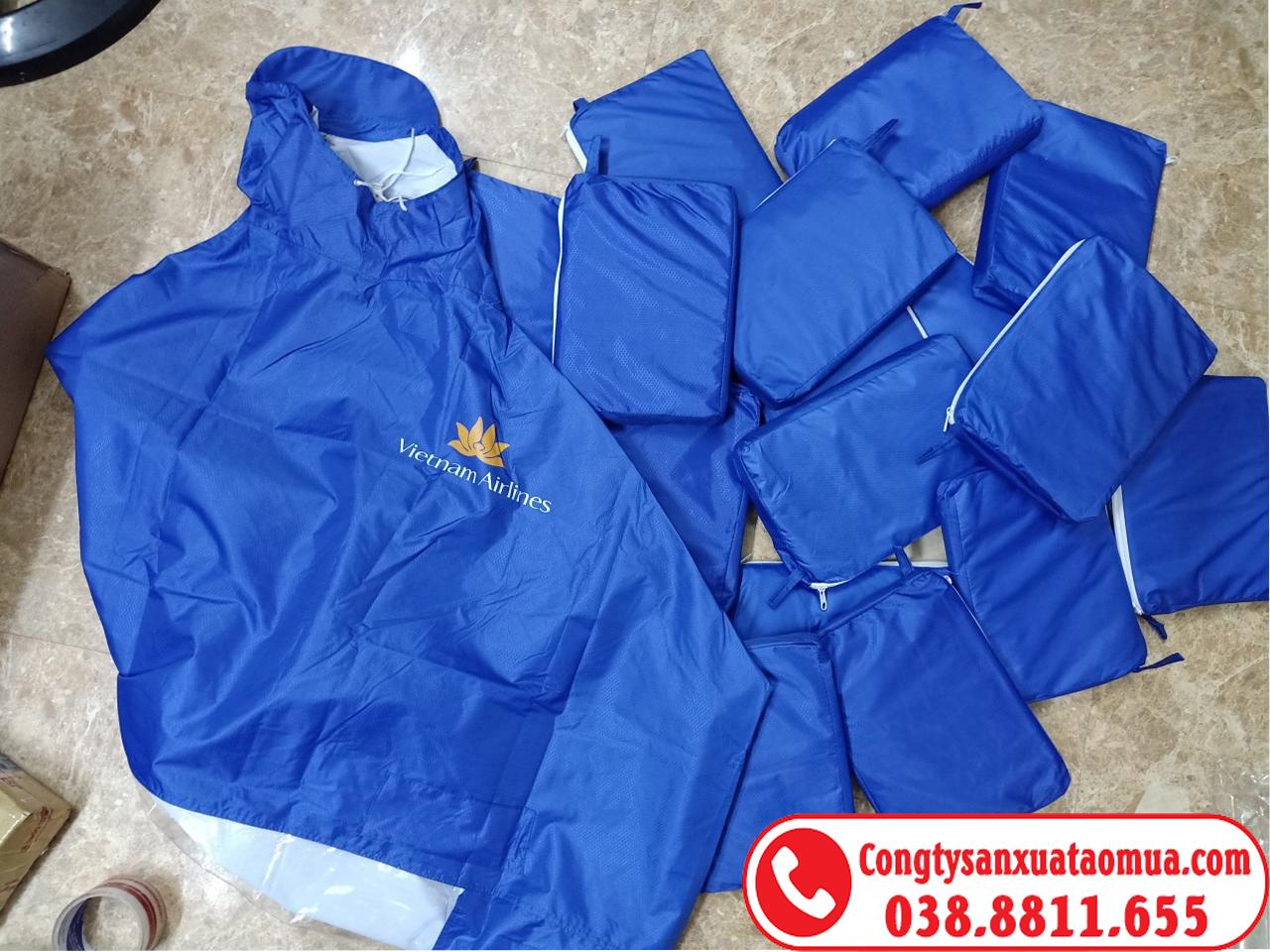 Sản xuất áo mưa quà tặng in logo khách hàng