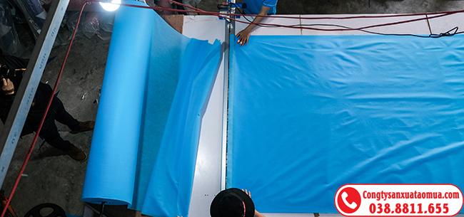 Xưởng cắt may áo mưa giá rẻ