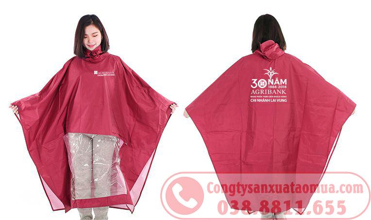 In logo lên áo mưa tại Bắc Giang