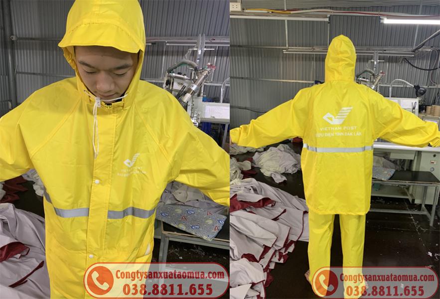 Sản xuất áo mưa quà tặng bưu điện VNpost