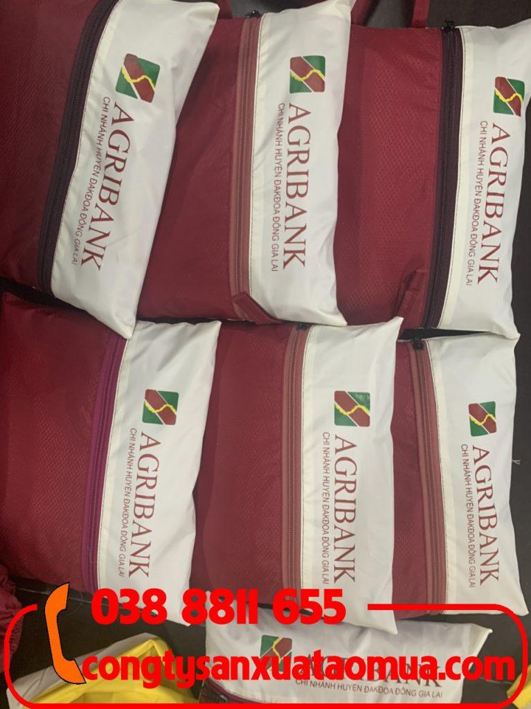 Sản xuất áo mưa quà tặng in logo khách hàng giá rẻ nhất thị trường
