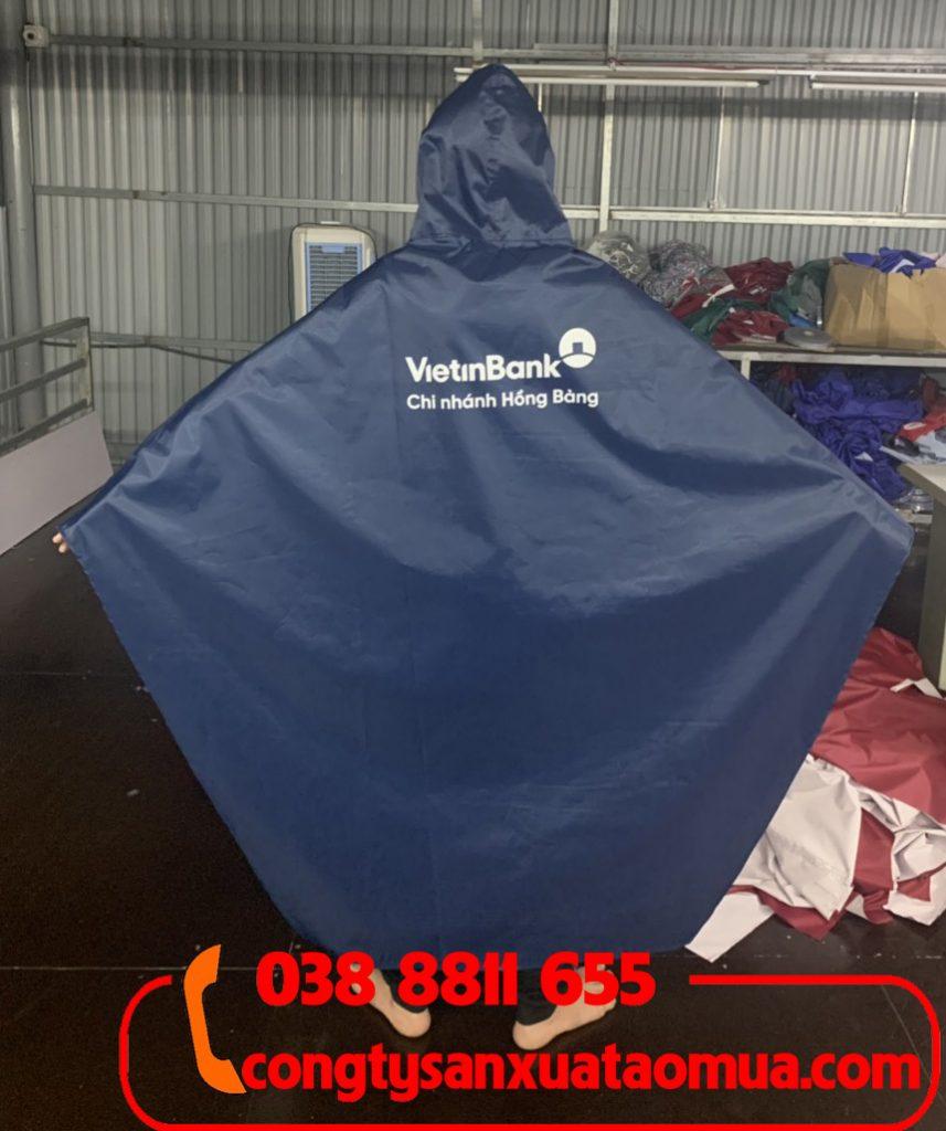 Xưởng sản xuất áo mưa in logo tại Hà Nội