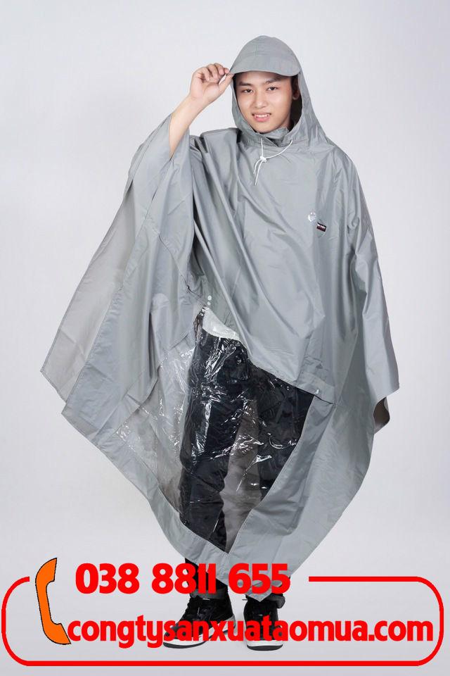 Sản xuất áo mưa cánh dơi vải Rạng Đông 0.17
