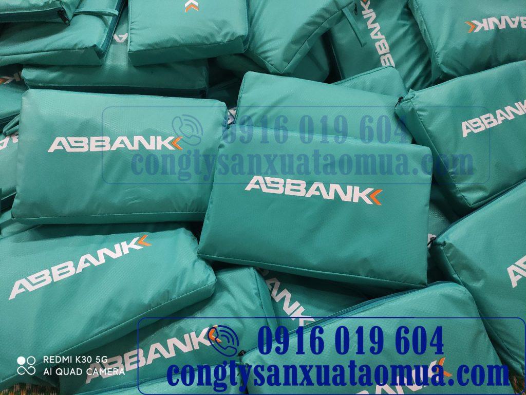 Công ty sản xuất áo mưa quà tặng in logo tại Hà Nội