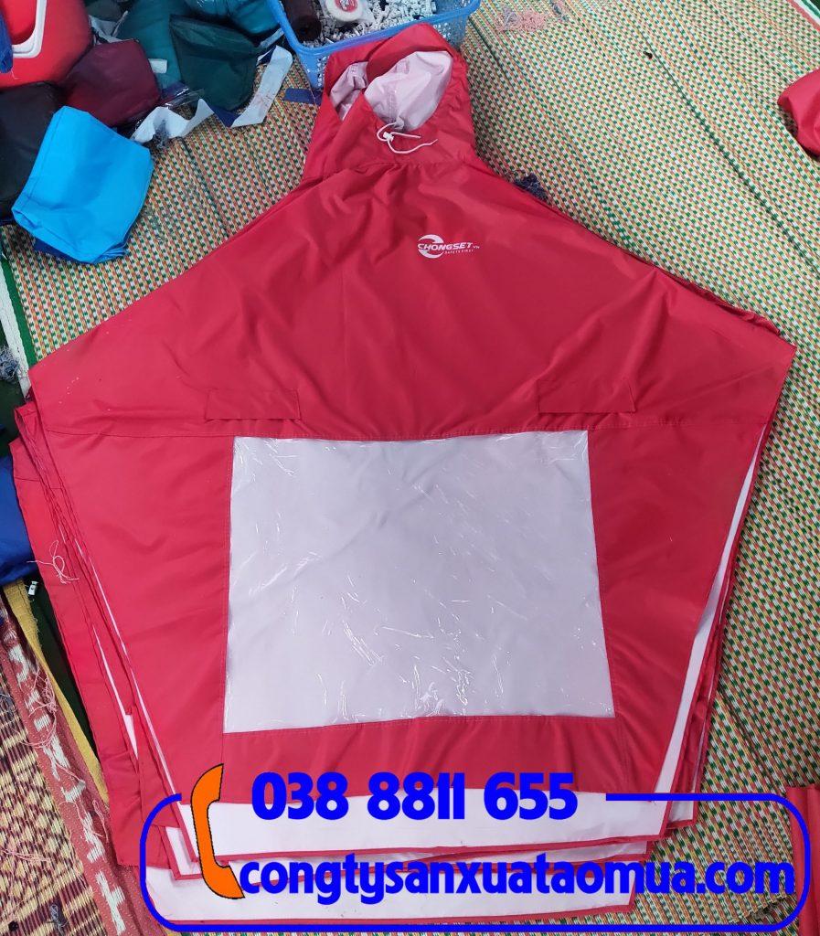 xưởng trực tiếp sản xuất cắt may áo mưa, in logo lên áo mưa theo yêu cầu