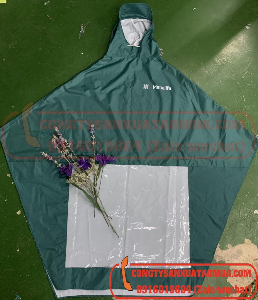 sản xuất áo mưa cánh dơi vải dù màu xanh rêu in logo ngân hàng manulife
