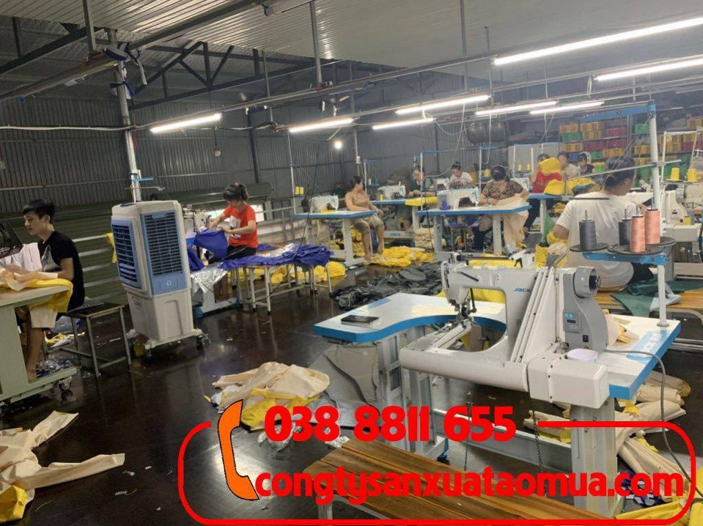 Xưởng trực tiếp sản xuất áo mưa tại Hà Nội