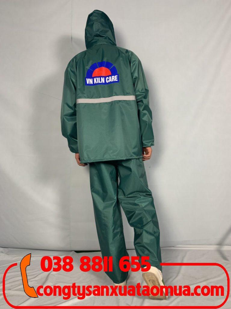 Công ty sản xuất áo mưa bộ in logo khách hàng