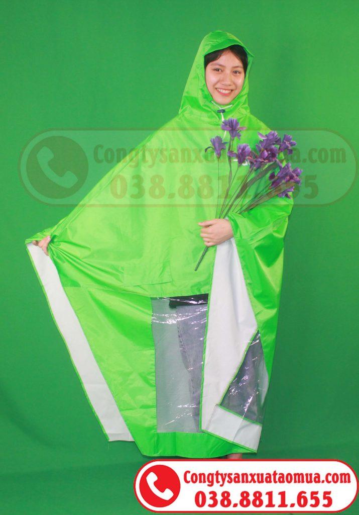 Xưởng may áo mưa màu xanh cốm/ xanh lá in logo khách hàng